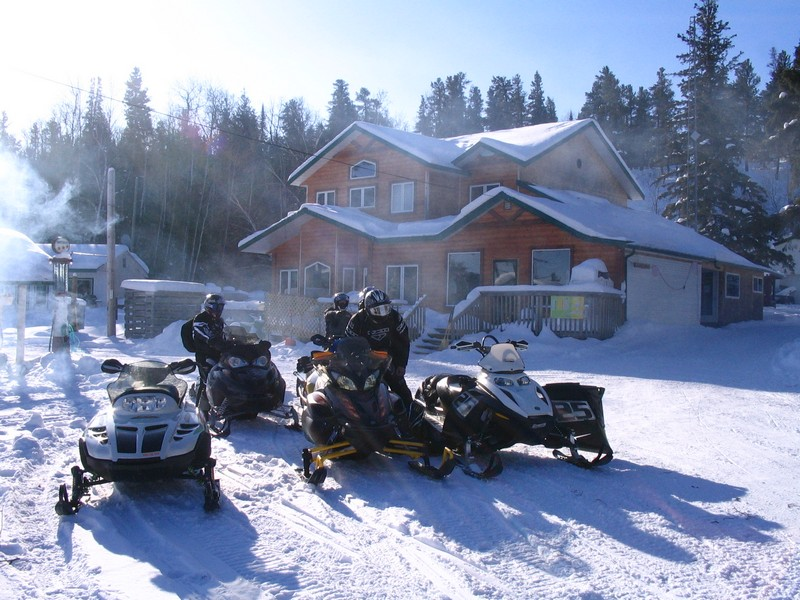 Click to enlarge image 01-ColdAMSNOWMOBILE.jpg